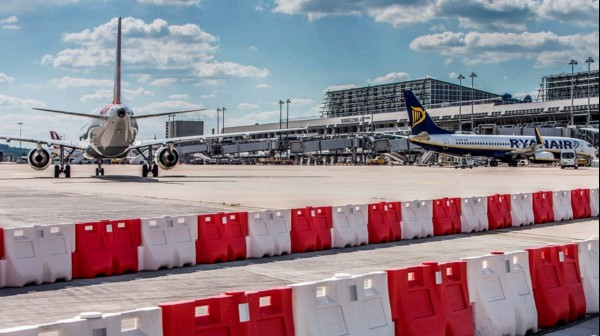 MV BW assigns safety assessment concerning the partial runway renewal at Stuttgart Airport